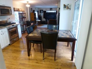 """Photo 4: 13 24330 FRASER Highway in Langley: Otter District Manufactured Home for sale in """"Langley GroveEstates"""" : MLS®# R2224640"""