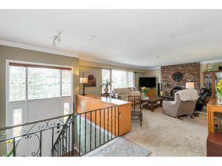 Photo 3: 4940 CEDAR Crescent in Delta: Pebble Hill House for sale (Tsawwassen)  : MLS®# R2553875