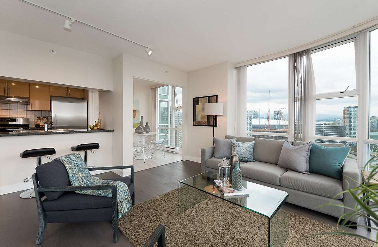 "Photo 4: Photos: 2508 193 AQUARIUS Mews in Vancouver: Yaletown Condo for sale in ""MARINASIDE RESORT RESIDENCES"" (Vancouver West)  : MLS®# R2106066"