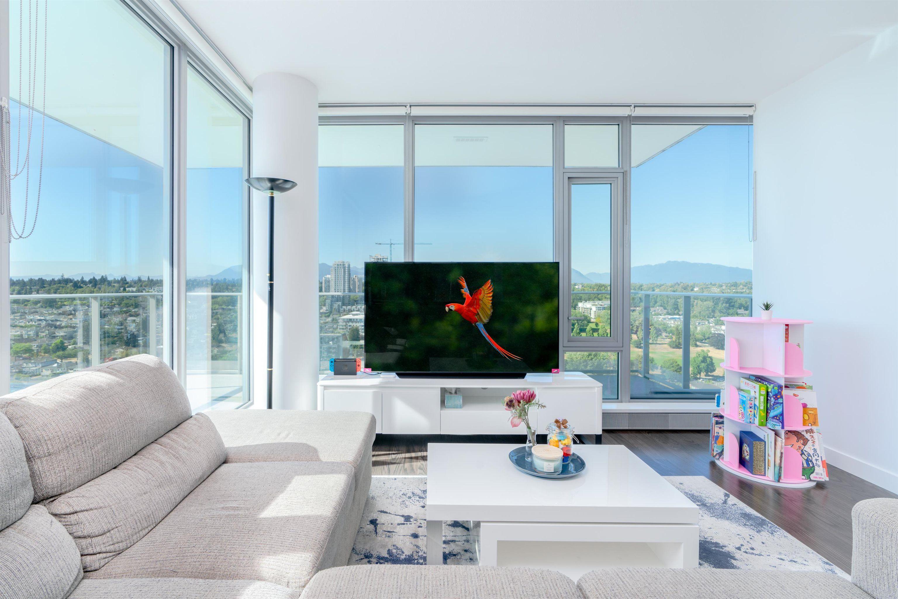 Main Photo: 2601 8031 NUNAVUT LANE in Vancouver: Marpole Condo for sale (Vancouver West)  : MLS®# R2609219