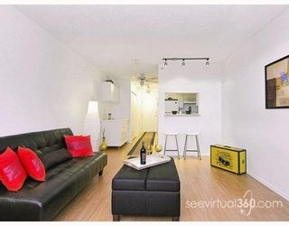 """Photo 1: 804 3455 ASCOT Place in Vancouver: Collingwood VE Condo for sale in """"QUEEN'S COURT"""" (Vancouver East)  : MLS®# V760161"""