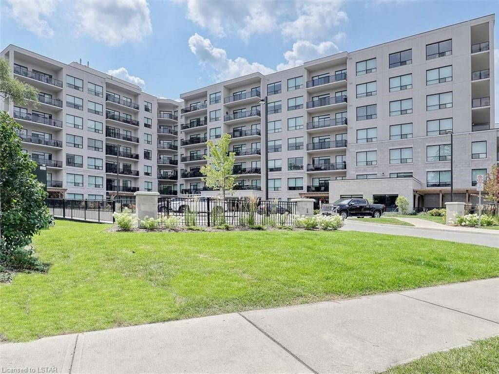 Main Photo: 712 1200 W COMMISSIONERS Road in London: South B Residential for sale (South)  : MLS®# 40158415