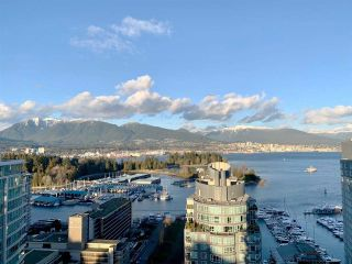 """Photo 1: 2101 620 CARDERO Street in Vancouver: Coal Harbour Condo for sale in """"CARDERO"""" (Vancouver West)  : MLS®# R2577722"""