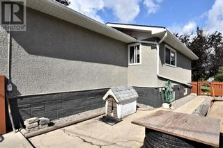 Photo 4: 108 Ceal Square Square in Hinton: House for sale : MLS®# A1138816