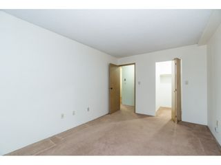 """Photo 17: 105 10644 151A Street in Surrey: Guildford Condo for sale in """"LINCOLN'S HILL"""" (North Surrey)  : MLS®# R2431314"""