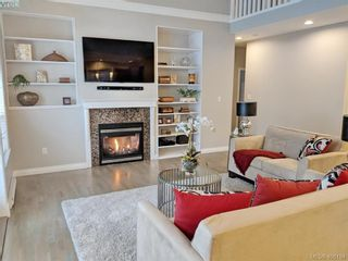 Photo 16: 1065 Violet Ave in VICTORIA: SW Strawberry Vale House for sale (Saanich West)  : MLS®# 807244