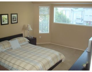 """Photo 7: 4 1195 FALCON Drive in Coquitlam: Eagle Ridge CQ Townhouse for sale in """"THE COURTYARDS"""" : MLS®# V775028"""