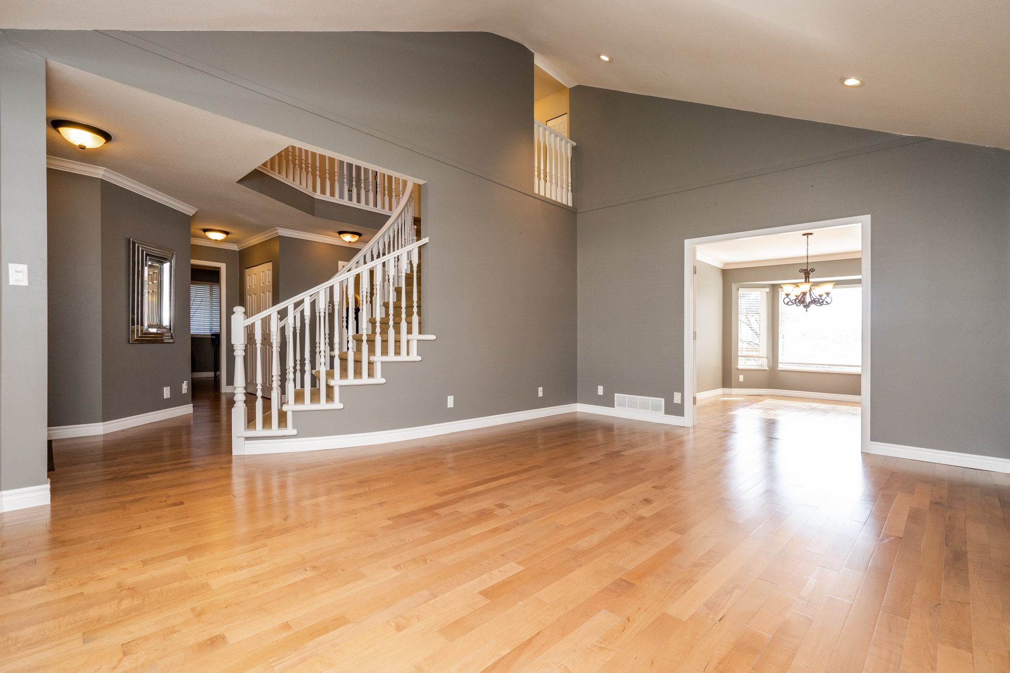 """Photo 15: Photos: 8448 213 Street in Langley: Walnut Grove House for sale in """"Forest Hills"""" : MLS®# R2259409"""