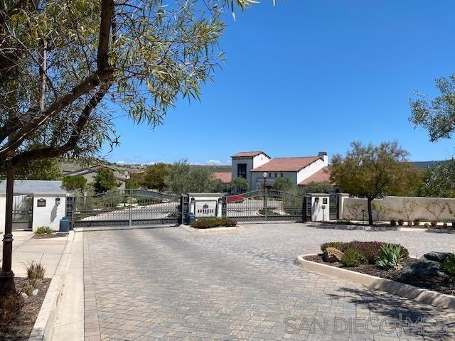 Photo 35: Photos: RANCHO BERNARDO House for sale : 3 bedrooms : 8012 Auberge Circle in San Diego