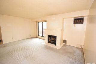 Photo 2: 302 461 Pendygrasse Road in Saskatoon: Fairhaven Residential for sale : MLS®# SK871470