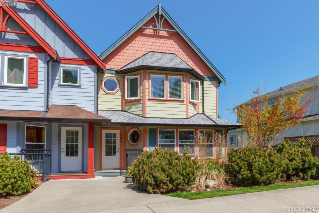 Main Photo: 204 954 Walfred Rd in VICTORIA: La Walfred Row/Townhouse for sale (Langford)  : MLS®# 785068