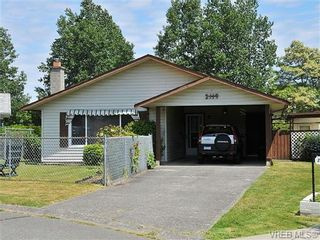 Photo 1: 2119 Redwing Pl in SIDNEY: Si Sidney South-West House for sale (Sidney)  : MLS®# 644053