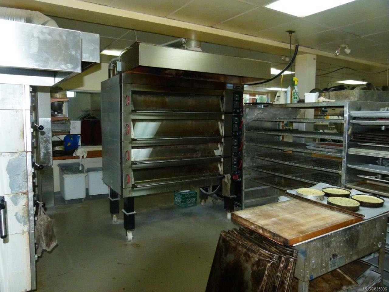 Photo 27: Photos: 2025 Bowen Rd in NANAIMO: Na Central Nanaimo Mixed Use for sale (Nanaimo)  : MLS®# 835096