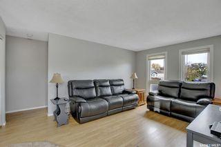 Photo 3: 34 Tweedsmuir Bay in Regina: Sherwood Estates Residential for sale : MLS®# SK872515