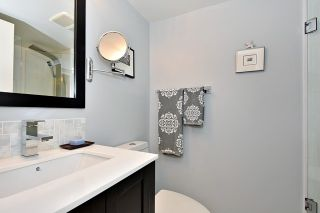 """Photo 9: 402 1616 W 13TH Avenue in Vancouver: Fairview VW Condo for sale in """"GRANVILLE GARDENS"""" (Vancouver West)  : MLS®# R2058683"""