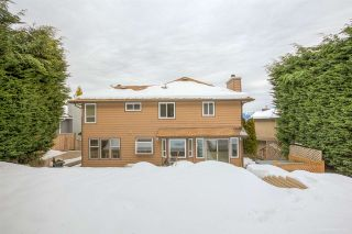 Photo 2: 702 ALTA LAKE PLACE in Coquitlam: Coquitlam East House for sale : MLS®# R2131200