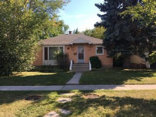 Main Photo: 515 17 Avenue NW in Calgary: Mount Pleasant Detached for sale : MLS®# A1075077