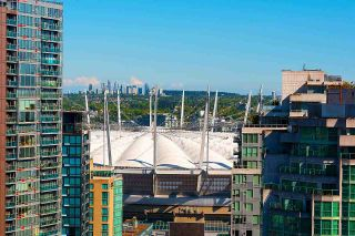 """Photo 21: 2203 833 HOMER Street in Vancouver: Downtown VW Condo for sale in """"Atelier on Robson"""" (Vancouver West)  : MLS®# R2590553"""