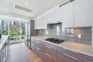 """Photo 13: 702 499 BROUGHTON Street in Vancouver: Coal Harbour Condo for sale in """"DENIA"""" (Vancouver West)  : MLS®# R2589873"""