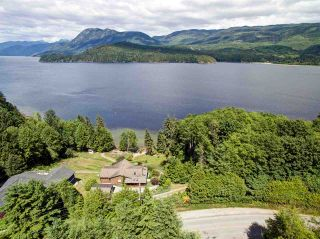 Photo 3: 6346 N GALE Avenue in Sechelt: Sechelt District House for sale (Sunshine Coast)  : MLS®# R2172275