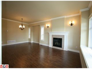 """Photo 2: 21243 83RD Avenue in Langley: Willoughby Heights House for sale in """"Yorkson"""" : MLS®# F1022713"""