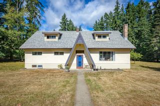 Main Photo: 2365 Lake Trail Rd in : CV Courtenay West House for sale (Comox Valley)  : MLS®# 885239