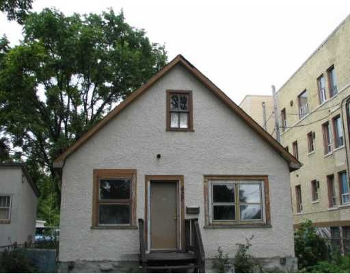 Main Photo: 427 PRITCHARD Avenue in WINNIPEG: North End Residential for sale (North West Winnipeg)  : MLS®# 2915934