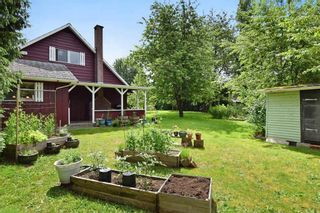 """Photo 10: 22828 COPPERBEECH Avenue in Langley: Fort Langley House for sale in """"Fort Langley"""" : MLS®# R2180083"""