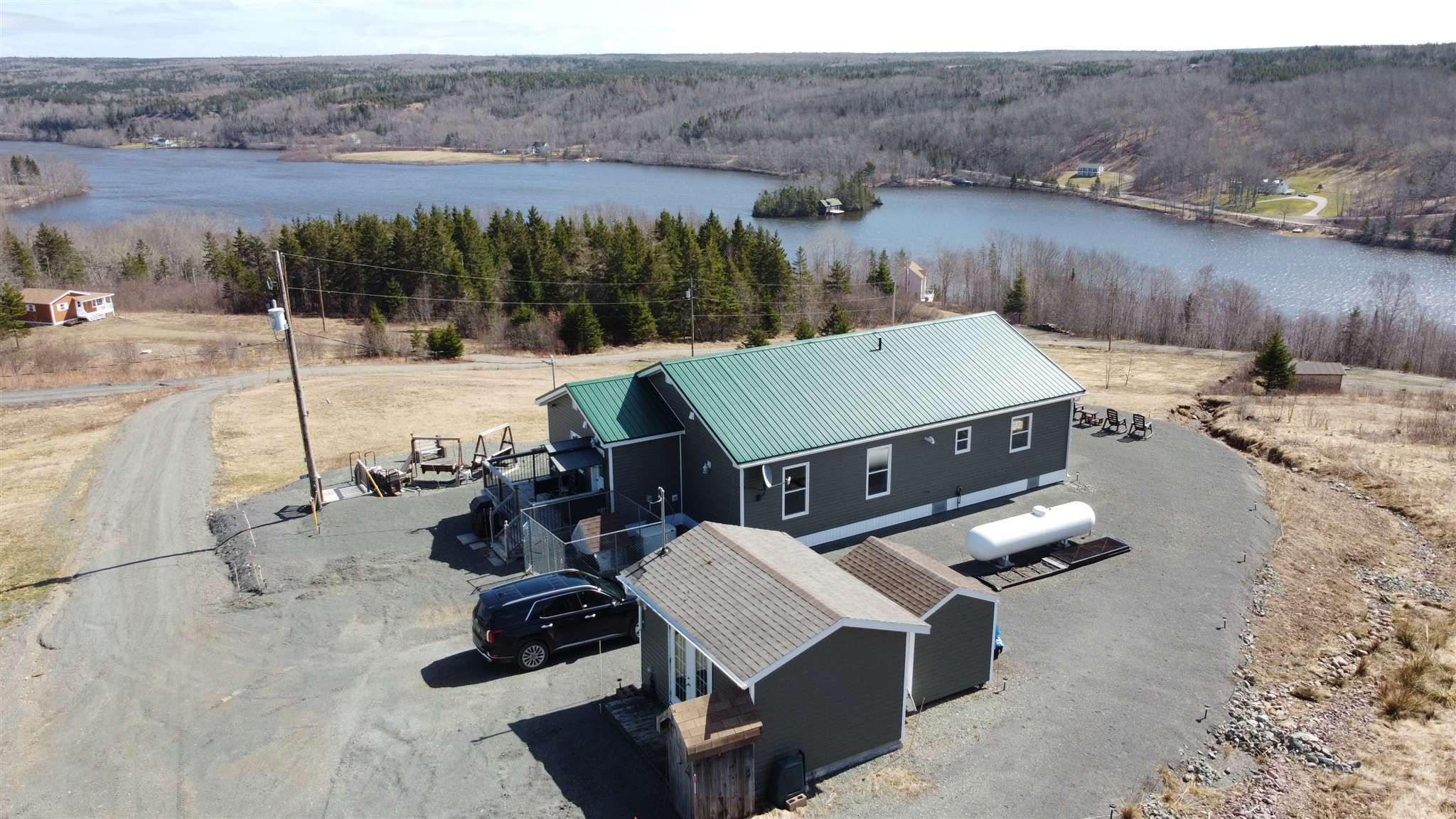 Main Photo: 135 Lakeview Lane in Lochaber: 302-Antigonish County Residential for sale (Highland Region)  : MLS®# 202107983