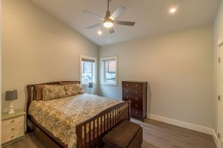 Photo 15: : Building And Land for sale : MLS®# 435580