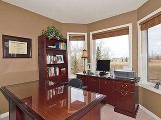 Photo 11: 126 ROCKY RIDGE Drive NW in Calgary: 2 Storey for sale : MLS®# C3520627