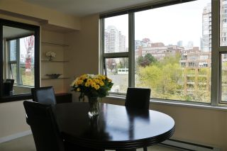 """Photo 6: 808 1500 HORNBY Street in Vancouver: Yaletown Condo for sale in """"888 BEACH"""" (Vancouver West)  : MLS®# R2065574"""