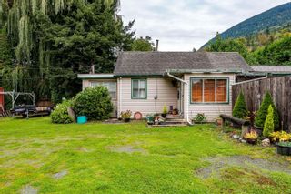 Photo 4: 42730 YARROW CENTRAL Road: Yarrow House for sale : MLS®# R2625520