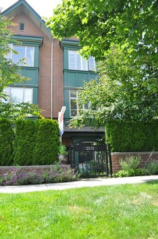 """Photo 12: 2575 EAST Mall in Vancouver: University VW Townhouse for sale in """"LOGAN LANE"""" (Vancouver West)  : MLS®# V839250"""
