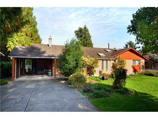 Main Photo: 5073 Stevens Dr in Tsawwassen: Tsawwassen Central House