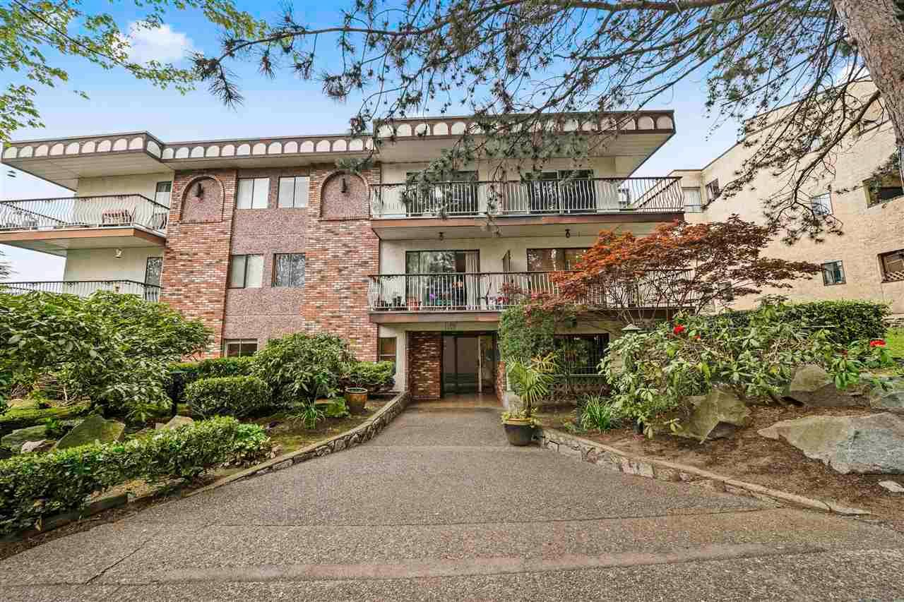 "Main Photo: 105 1611 E 3RD Avenue in Vancouver: Grandview Woodland Condo for sale in ""Villa Verde"" (Vancouver East)  : MLS®# R2573872"