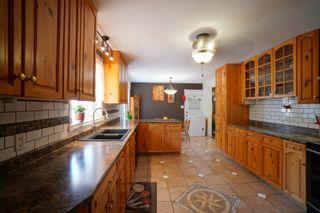 Photo 10: 703 4th Street NE in Portage la Prairie: House for sale : MLS®# 202115922