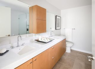 """Photo 8: 601 788 ARTHUR ERICKSON Place in West Vancouver: Park Royal Condo for sale in """"Evelyn by Onni"""" : MLS®# R2475467"""