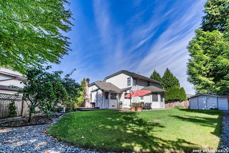 FEATURED LISTING: 10440 GLENMOOR Place Surrey