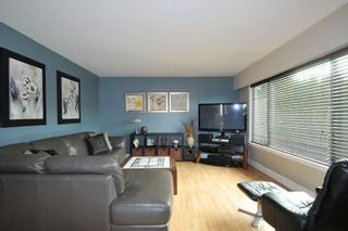 Photo 2: 2335 MARSHALL Avenue in Port Coquitlam: Mary Hill House for sale : MLS®# R2545755