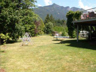 Photo 9: 65644 GARDNER Drive in Hope: Hope Kawkawa Lake House for sale : MLS®# R2383494
