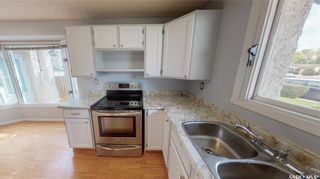 Photo 14: 839 Athlone Drive North in Regina: McCarthy Park Residential for sale : MLS®# SK870614
