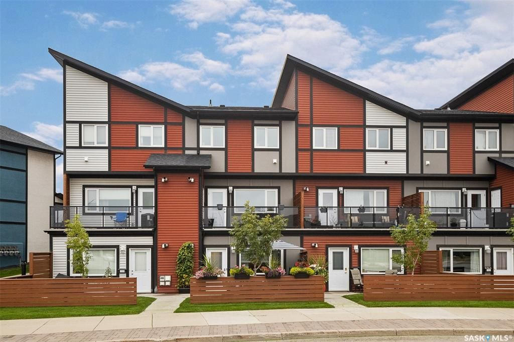 Main Photo: 107 102 Manek Road in Saskatoon: Evergreen Residential for sale : MLS®# SK868211