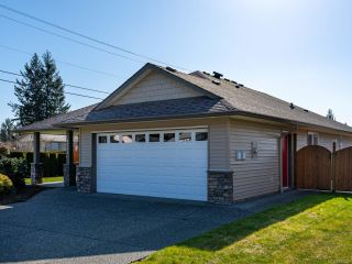 Photo 3: 4721 Cruickshank Pl in COURTENAY: CV Courtenay East House for sale (Comox Valley)  : MLS®# 836236