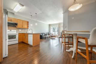 Photo 10: 405 2220 Sooke Rd in : Co Hatley Park Condo for sale (Colwood)  : MLS®# 872370