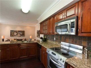 """Photo 9: 642 ST GEORGES Avenue in North Vancouver: Lower Lonsdale Townhouse for sale in """"ST GEORGES COURT"""" : MLS®# V899118"""