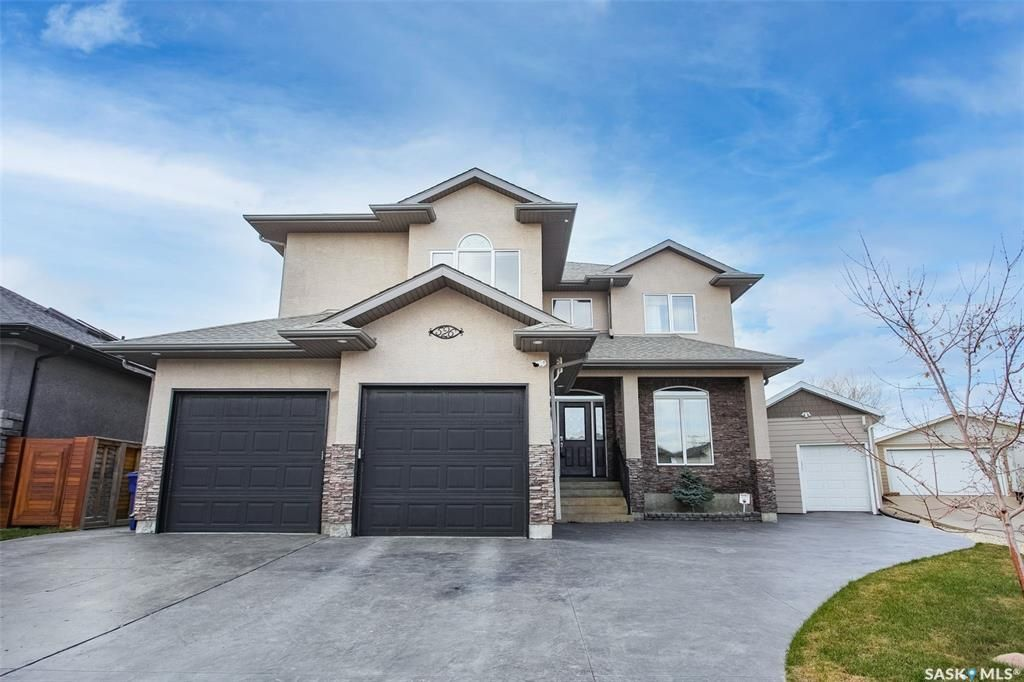 Main Photo: 526 Willowgrove Bay in Saskatoon: Willowgrove Residential for sale : MLS®# SK852326
