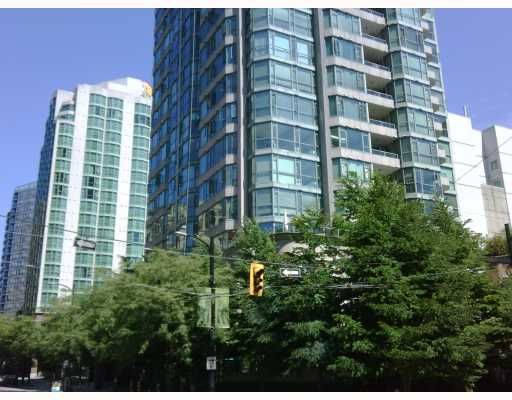 """Main Photo: 603 888 HAMILTON Street in Vancouver: Downtown VW Condo for sale in """"ROSEDALE GARDENS"""" (Vancouver West)  : MLS®# V777304"""