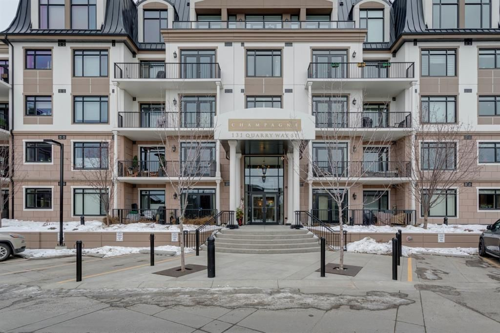Main Photo: 101 131 Quarry Way SE in Calgary: Douglasdale/Glen Apartment for sale : MLS®# A1062377