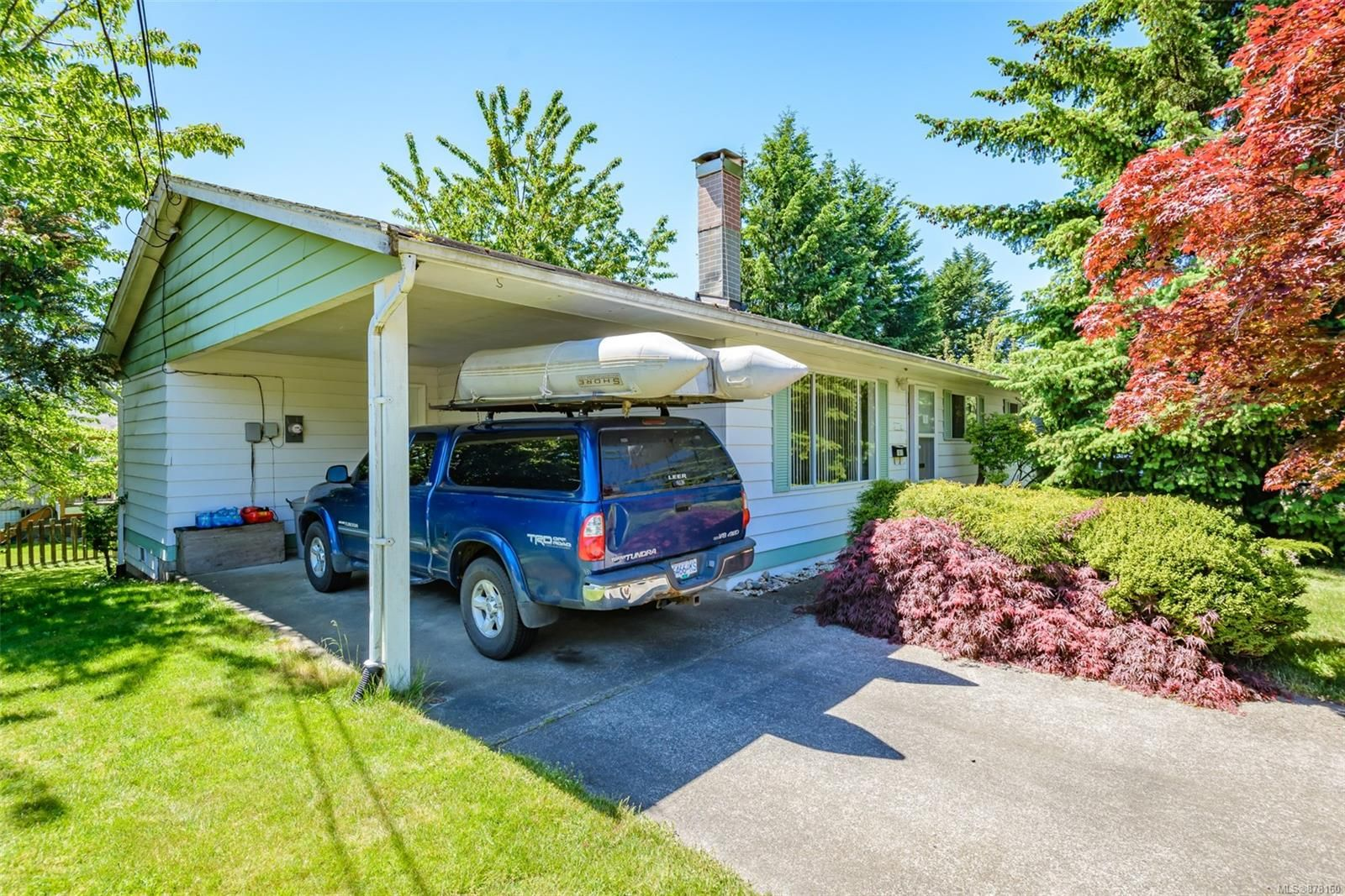 Main Photo: 1817 Fir Ave in : CV Comox (Town of) House for sale (Comox Valley)  : MLS®# 878160